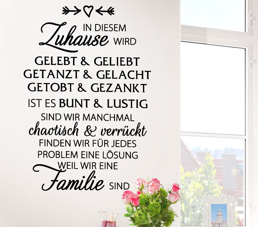 wandtattoo spruch in diesem zuhause wird g134. Black Bedroom Furniture Sets. Home Design Ideas