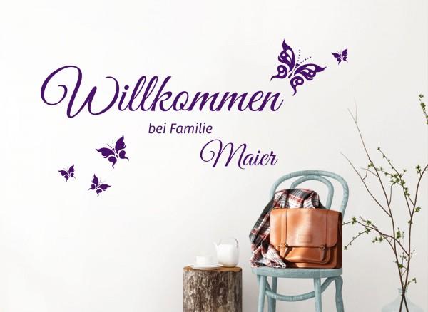 Wandtattoo Willkommen bei Familie + Wunschname und Schmetterlinge W5454